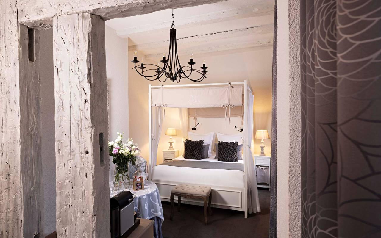 Chambre Double Deluxe & Baldaquin, hôtel luxe Colmar, Le Maréchal